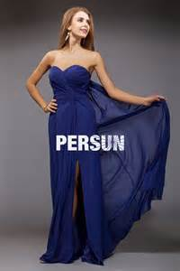 robe bleu roi mariage robe longue pour mariage bleu bustier coeur plissés avec une fente latérale robespourmariage fr
