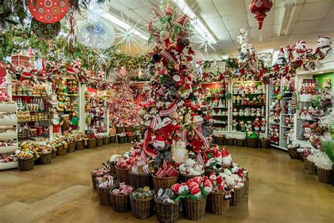 biggest   christmas store  texas decorators