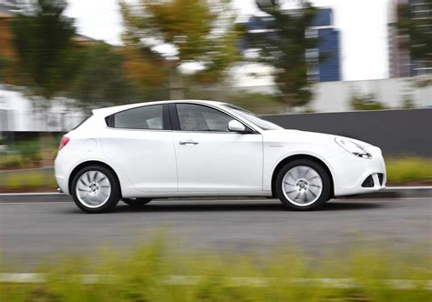 Alfa Romeo Expands Giulietta Range