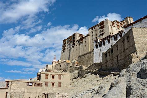 File:Leh Palace (Eastern side).jpg - Wikimedia Commons