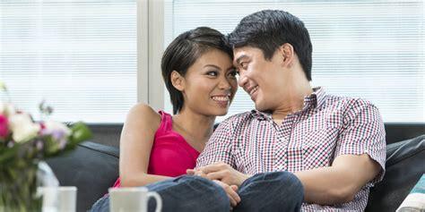istri bahagia bikin suami lebih sehat merdeka com
