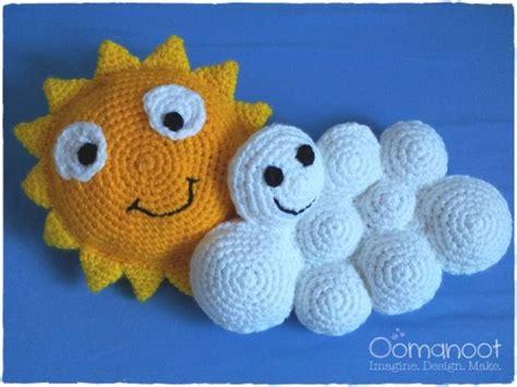 Diese Lustige Sonne Mit Wolken Häkeln. Anleitung Kostenlos Englisch Online Verfügbar Zur