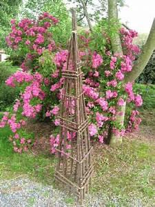 Treillage Plante Grimpante : treillages tuteurs structure pour plantes grimpantes mon jardin pinterest treillage ~ Dode.kayakingforconservation.com Idées de Décoration