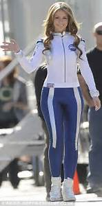 Jennifer Love Hewitt slips on sexy spacesuit for The ...