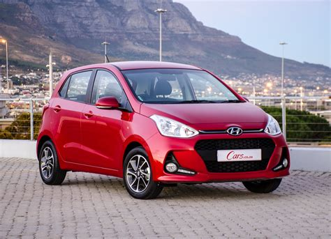 Review Hyundai Grand I10 by Hyundai Grand I10 1 2 Glide 2018 Review Cars Co Za