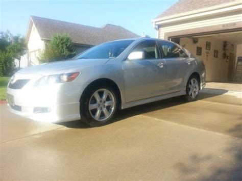 purchase   toyota camry se  miles extra clean