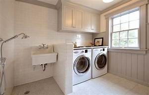 Laundry Room Shower - Transitional - laundry room