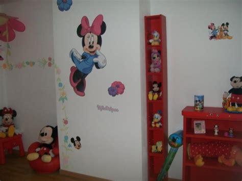 chambre mickey deco chambre minnie