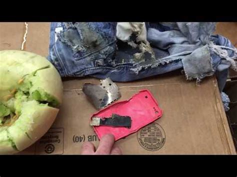 exploding iphone battery i phone 5c explodes like a grenade test must see iphone 6 3506