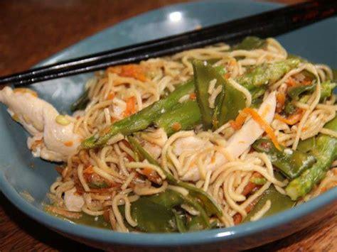cuisiner pois gourmands recettes de wok et pois gourmands