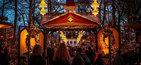 copenhagen christmas markets  nyhavn   canal
