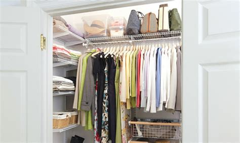 tips para organizar tu armario de forma elegante emujer