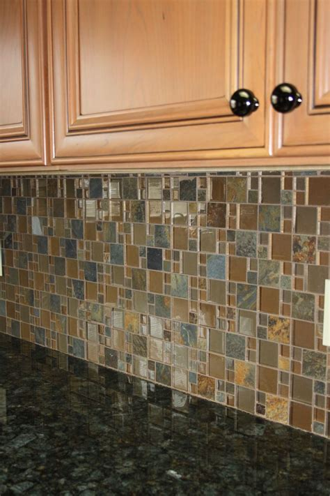 verde peacock granite top   glassslate mosaic