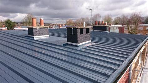 toiture bac acier isolé bac acier prix au m2 avantages et inconv 233 nient de cette toiture