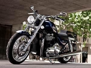 Concessionnaire Moto Occasion : concessionnaire de motos triumph neuves ou d 39 occasion nice deschamps moto scooter motos ~ Medecine-chirurgie-esthetiques.com Avis de Voitures