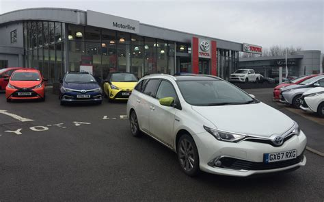 old renault extended test 2017 toyota auris hybrid touring sports
