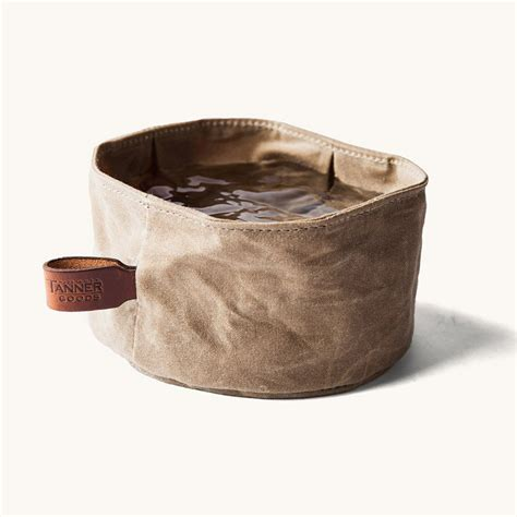 collapsible waxed canvas dog bowl  green head