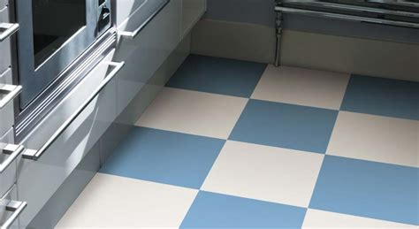 Checkered Vinyl Flooring   Designs by Harvey Maria