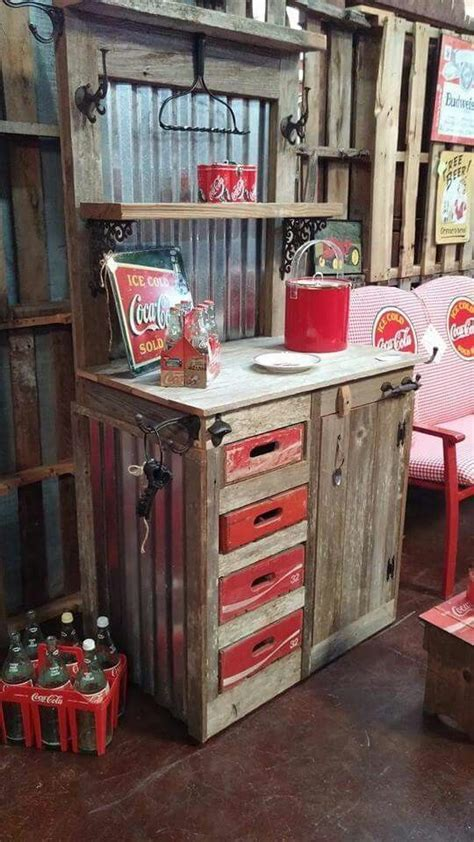 25  best Coke crate ideas on Pinterest   Old coke crates