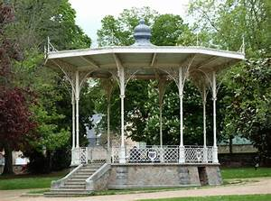 stunning kiosque de jardin en beton ideas amazing house With attractive tente de jardin leroy merlin 8 tonnelle de jardin auchan