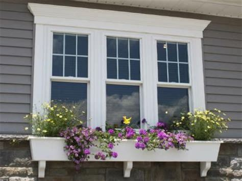 colonial grid top  window house exteriors