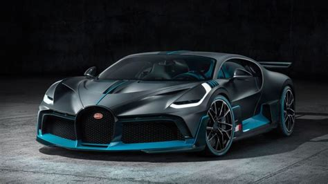 The new bugatti divo hypercar is the french company's most extreme production they've ever created. The 2019 Bugatti Divo Is the 236 MPH $5.8 Million ...