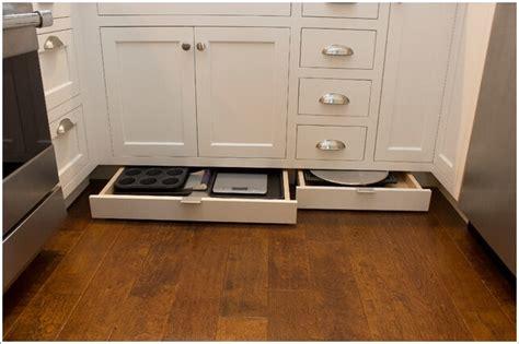 practical cookie sheet  baking tray storage ideas
