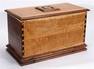 Wood Toy Chest Plans : New From Foreigntradex