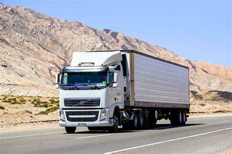 Best Dump Truck Manufacturers - Wheelzine
