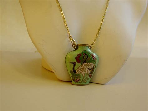 vtg necklace pendant green enamel parrots cloisonne bottle