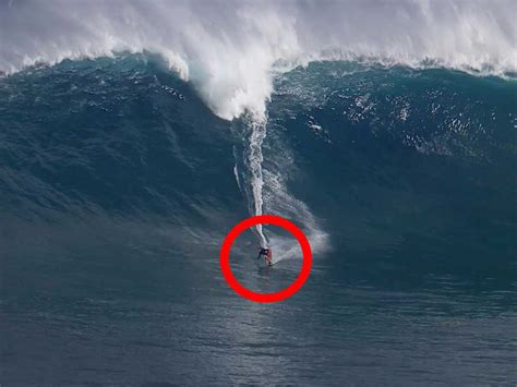Big Wave Surfers Compete In Hawaii Business Insider