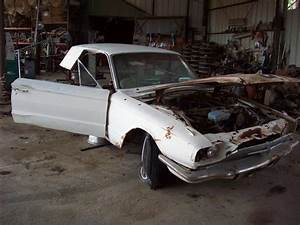 1966 Ford Thunderbird Parts Car 4