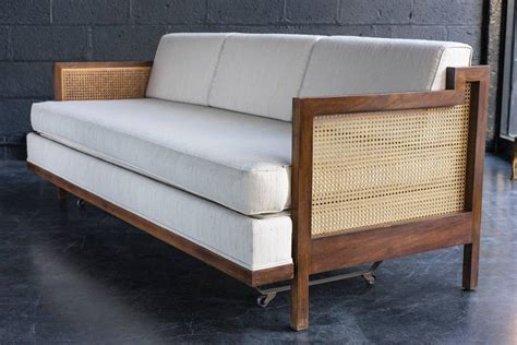 11206 beds with trundles convertible trundle daybed at 1stdibs