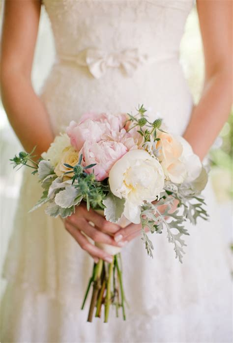 Wedding Bouquets Flowers Decorations And Wedding