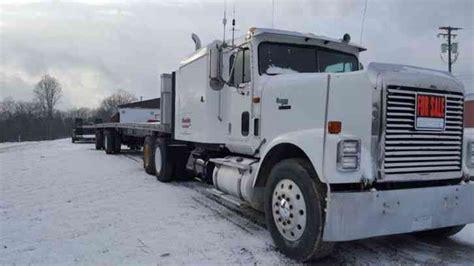 international   sleeper semi trucks