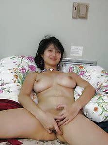 Zhu Yi  nackt