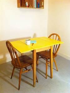Petite Table à Manger : petite table a manger table cuisine rabattable maison boncolac ~ Preciouscoupons.com Idées de Décoration
