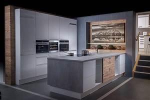 Küchen Mit Elektrogeräten Günstig Kaufen : k chen kaufen k chenplanung trop m belabholmarkt st johann ~ Bigdaddyawards.com Haus und Dekorationen