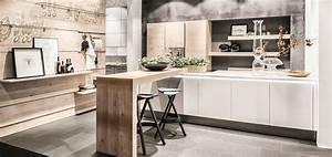 Arbeitsplatte Küche Beige : wei e k chen sind im trend m bel kraft m bel kraft ~ Indierocktalk.com Haus und Dekorationen