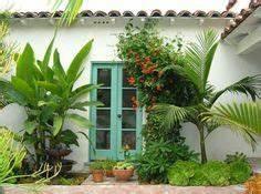 un toit terrasse a marseille mur terrasses et jardins With idee amenagement exterieur entree maison 18 cactus et plantes grasses exterieur pour un jardin facile