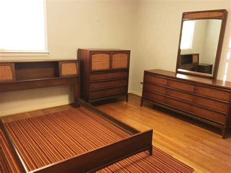 mid century walnut bedroom set rhythm collection  lane