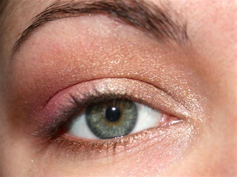 gold  pink eyeshadow tutorial paperblog