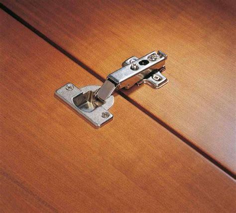 Le Mit Holz by System Holz Bietet Eine Breite Palette An M 246 Belscharniere