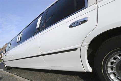Find Limousine Service by Best Limousine Service