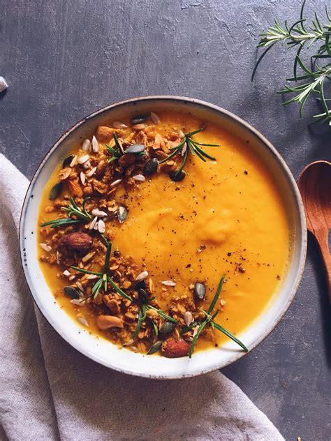 soupe de courge butternut carottes  poireaux clemfoodie