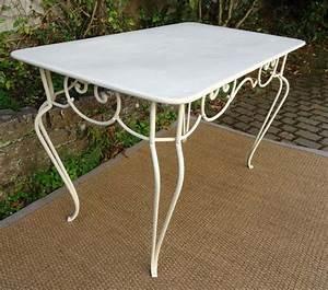 Table De Jardin En Fer : awesome table jardin ancienne fer forge images amazing ~ Dailycaller-alerts.com Idées de Décoration