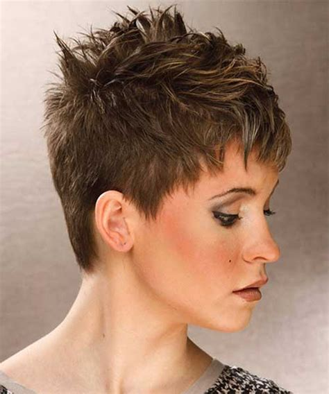 short layered spiky hair