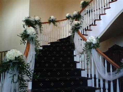 banisters flowers best 20 wedding staircase decoration ideas on