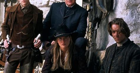 pretty kostüm sam raimi s excellent western the and the dead with as a kick