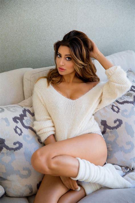 actress noureen dewulf  sexier  muhfukka sports